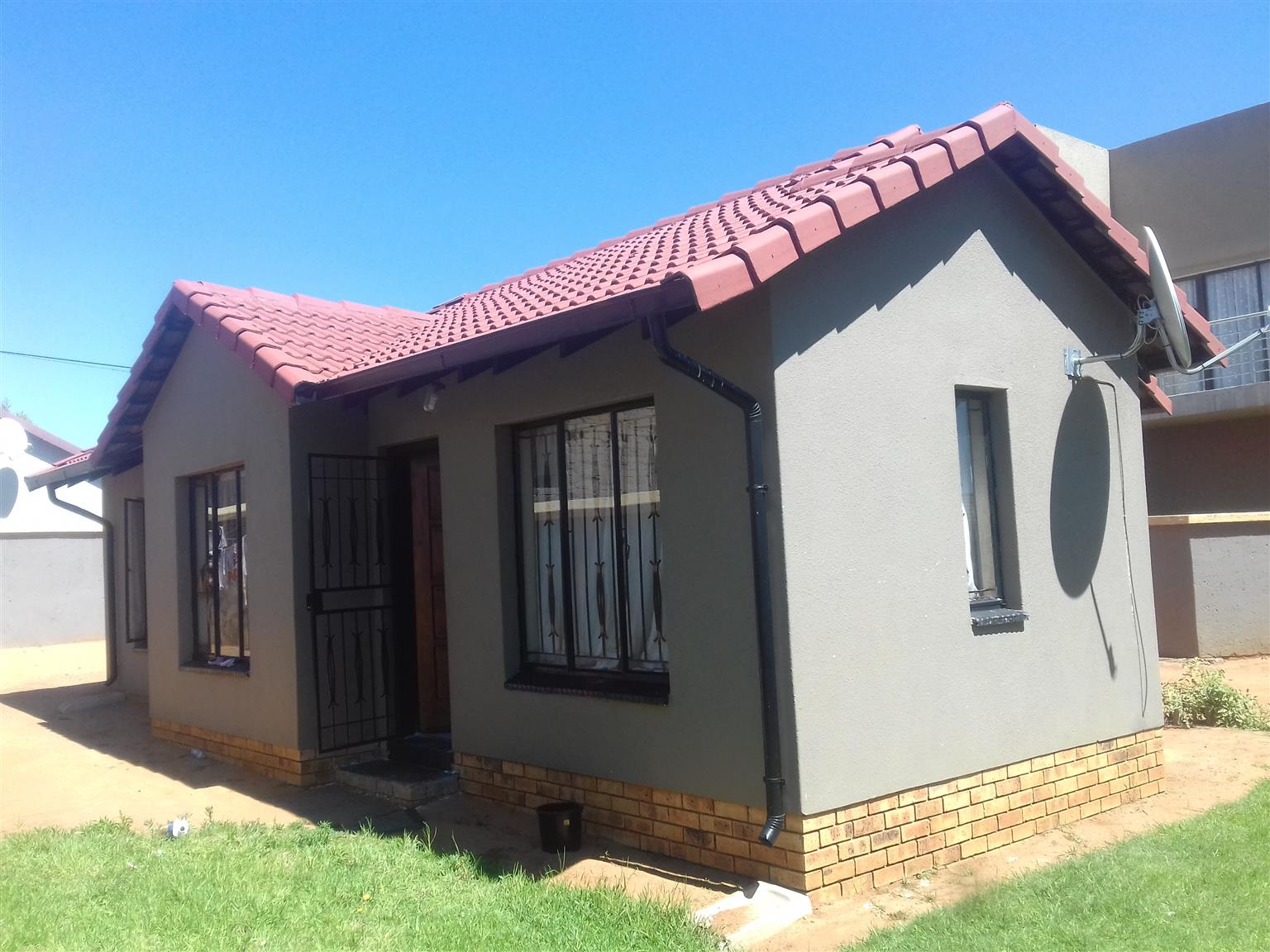 Phenomenal 2 Bedroom House To Rent In Ormonde View Johannesburg Immediately Junk Mail Download Free Architecture Designs Ogrambritishbridgeorg