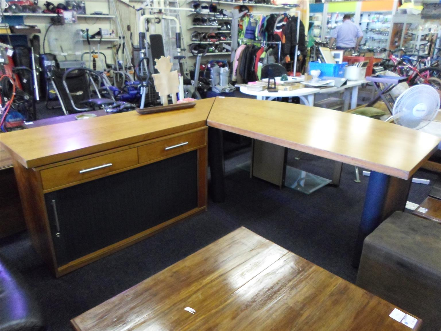 Wooden L-Shape Desk with Credenza
