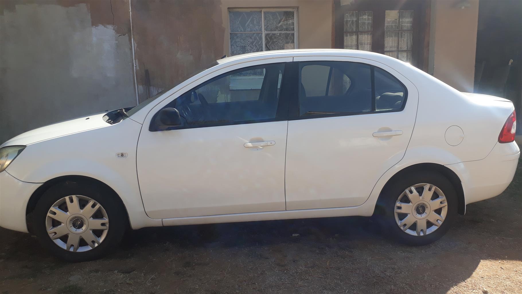 Ford Ikon 2009
