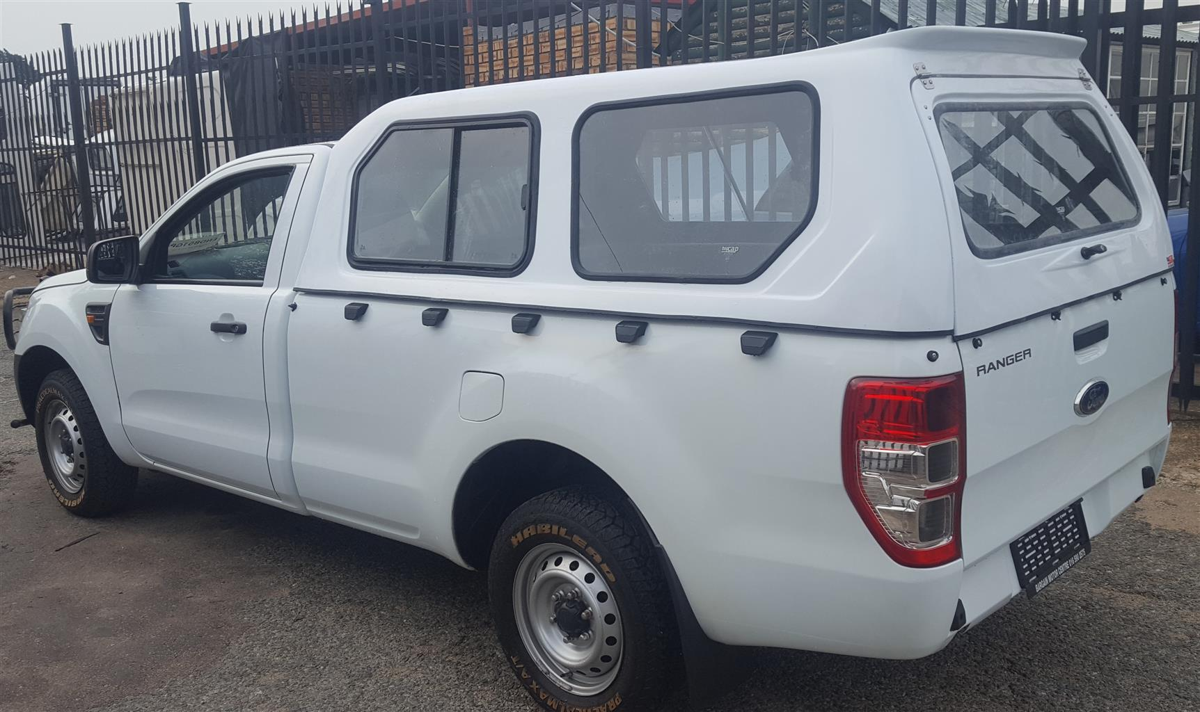 GC BRAND NEW FORD RANGER T6 LWB HI LINER WHITE BAKKIE CANOPY FOR SALE!!!