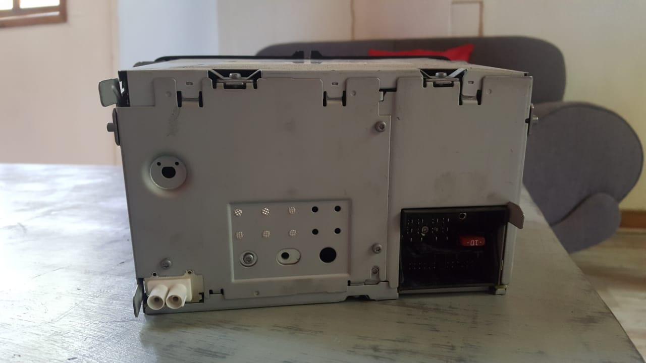 OEM VW RCD 310 MP3 radio