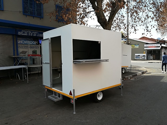 MOBILE FOOD TRAILER (COMPLETE WITH
