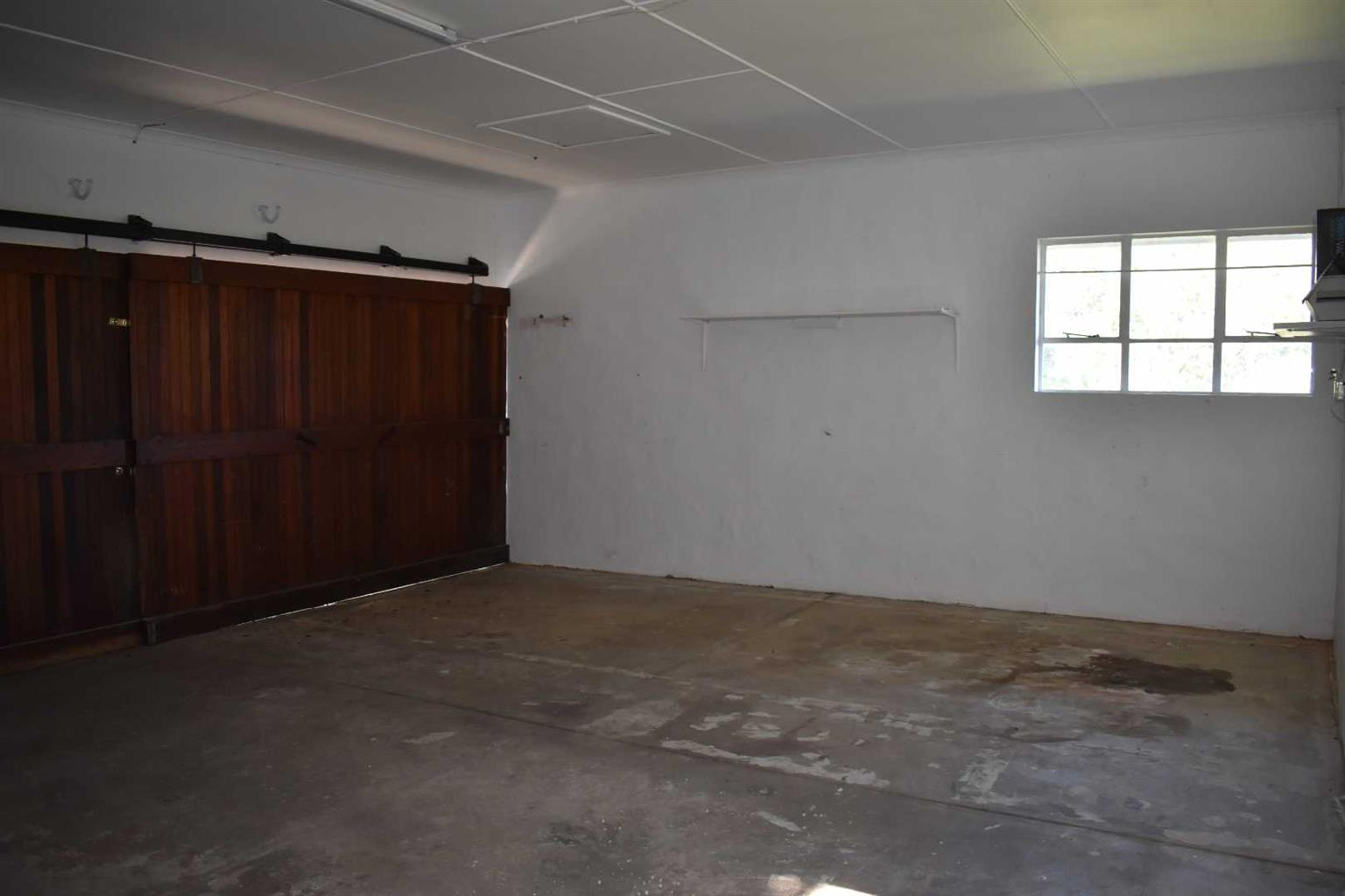 House For Sale in Beacon Bay