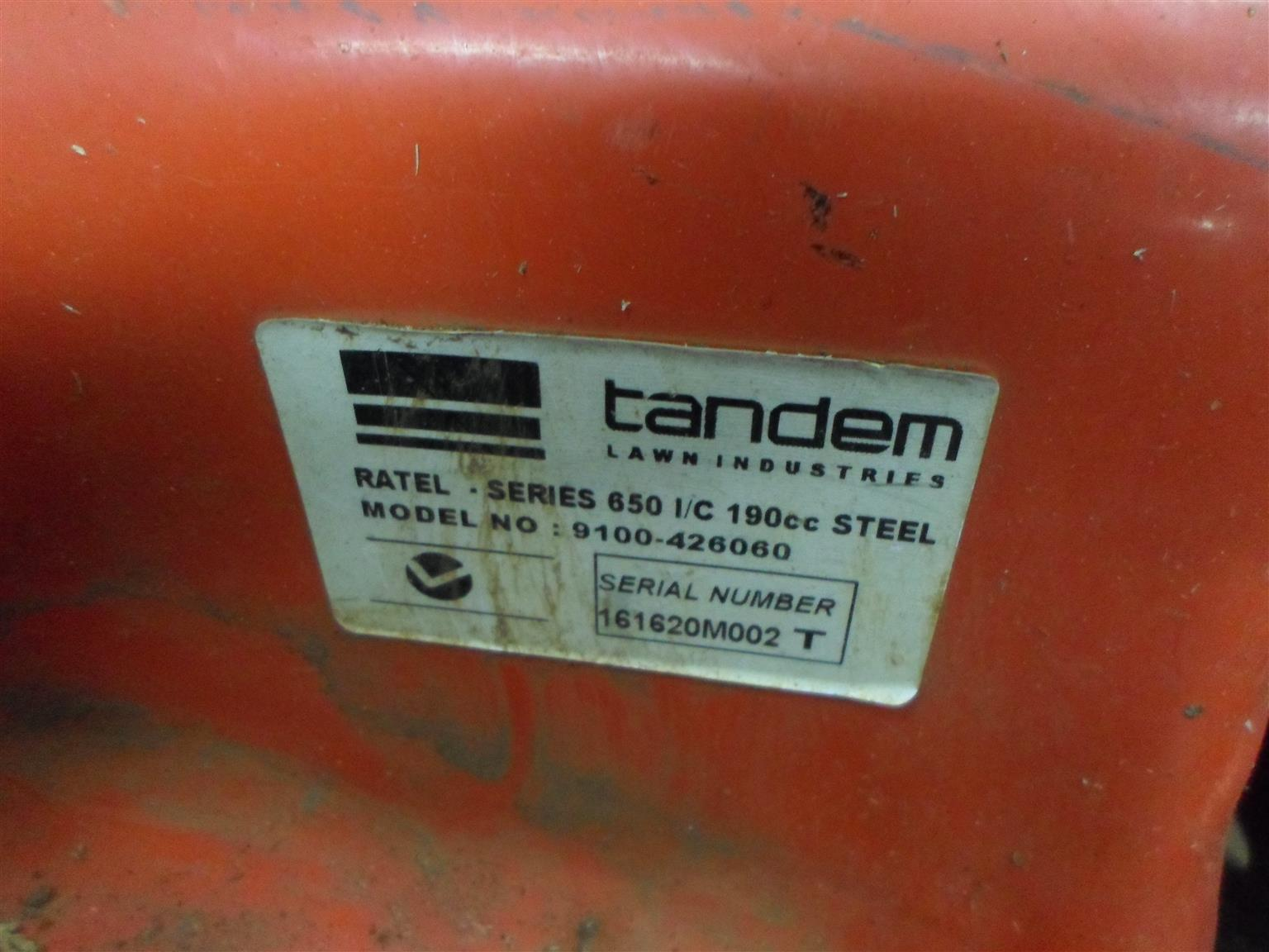 190cc Tandem Briggs Stratton Lawnmower - C033051777-1