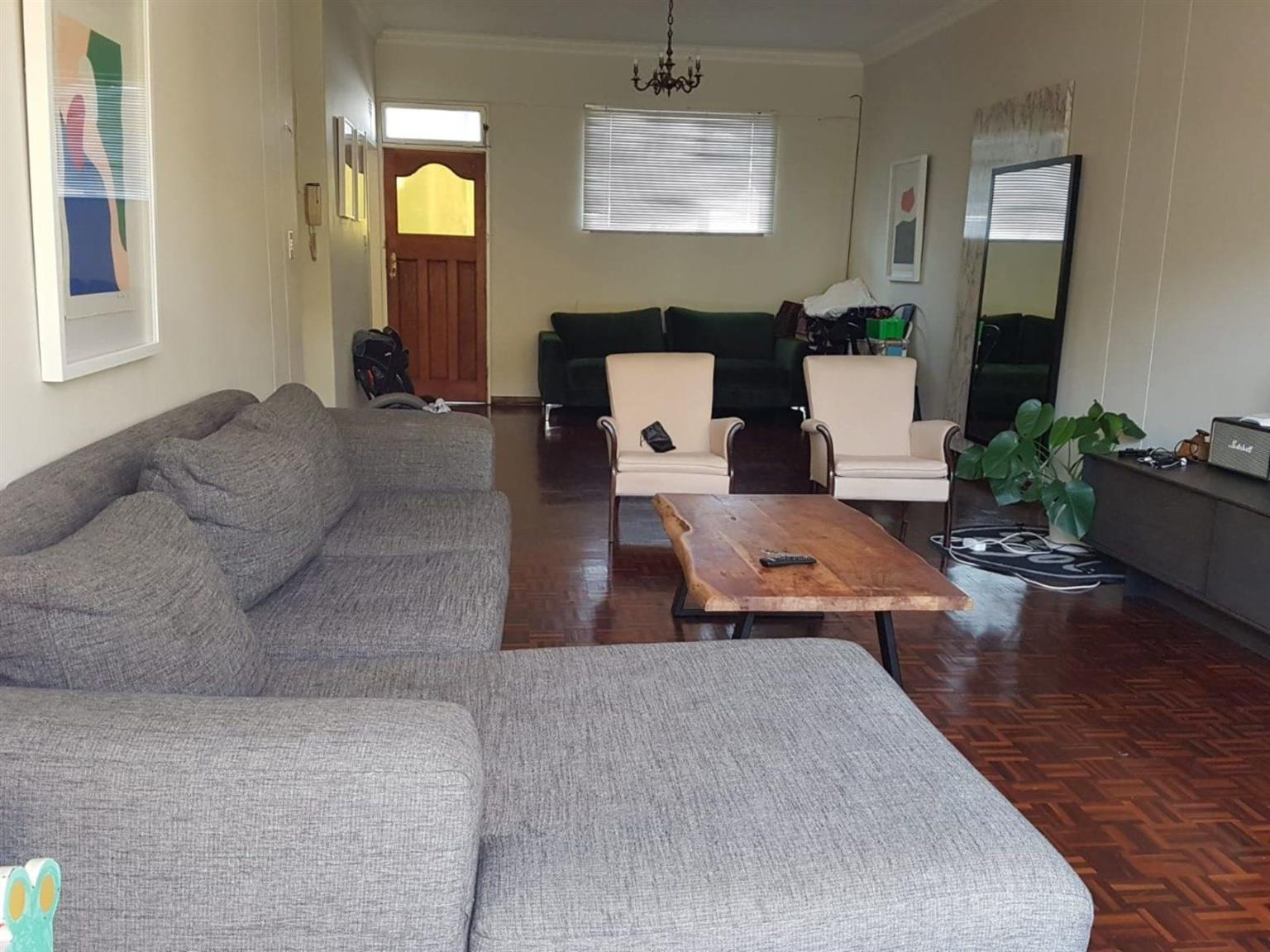 Apartment For Sale in CRAIGHALL PARK
