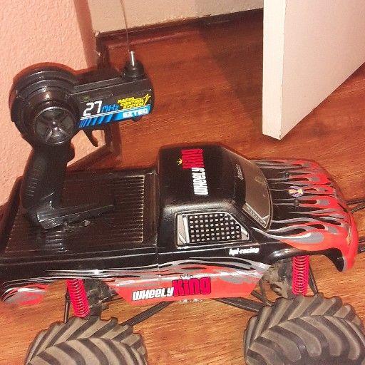 Wheely remote control bakie