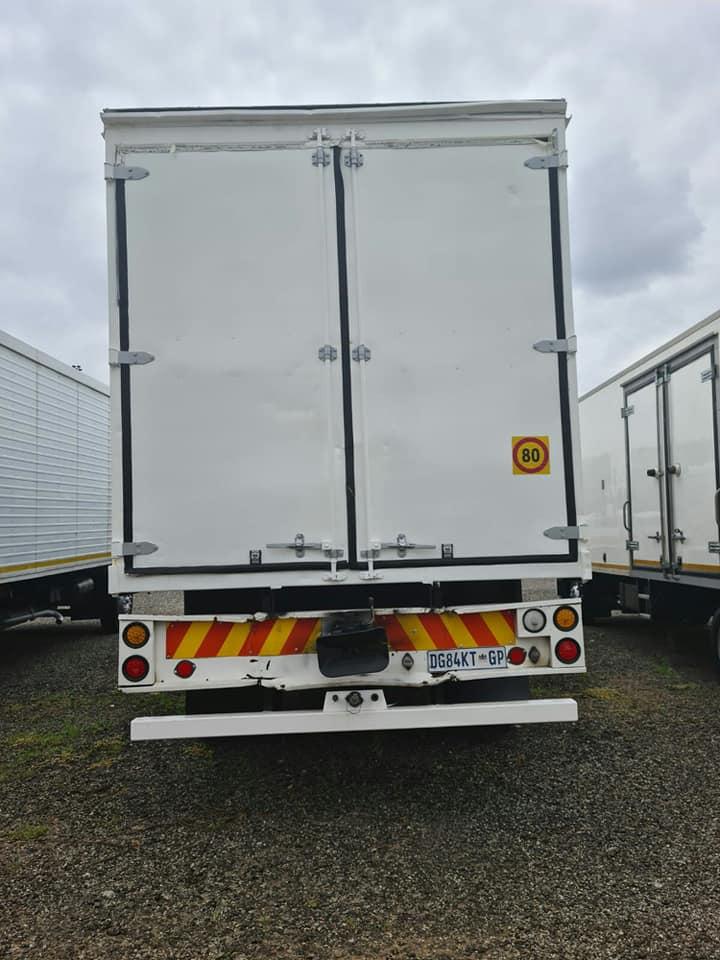 2014 Hino 500, 1626 Closed Body truck for sale
