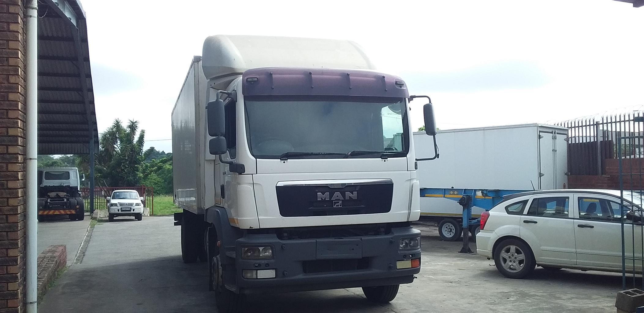 2010 MAN TGM 18.280 CHASSIS CAB