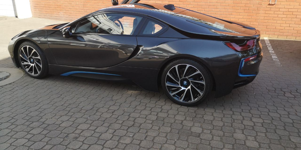 2016 BMW I8 EDrive Coupe Protonic Frozen Black Edition