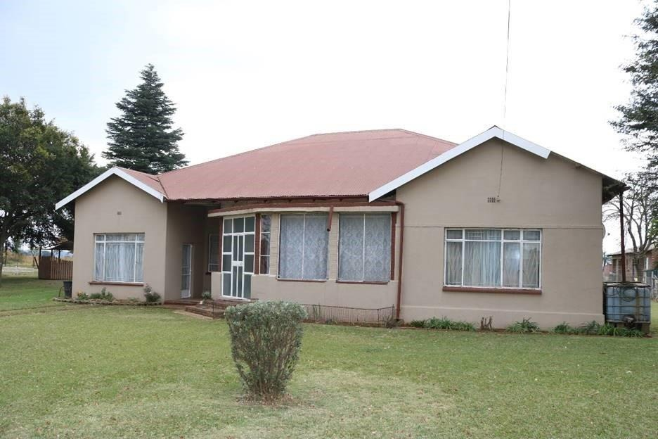 Small Holding For Sale in Sundale Agricultural Holding