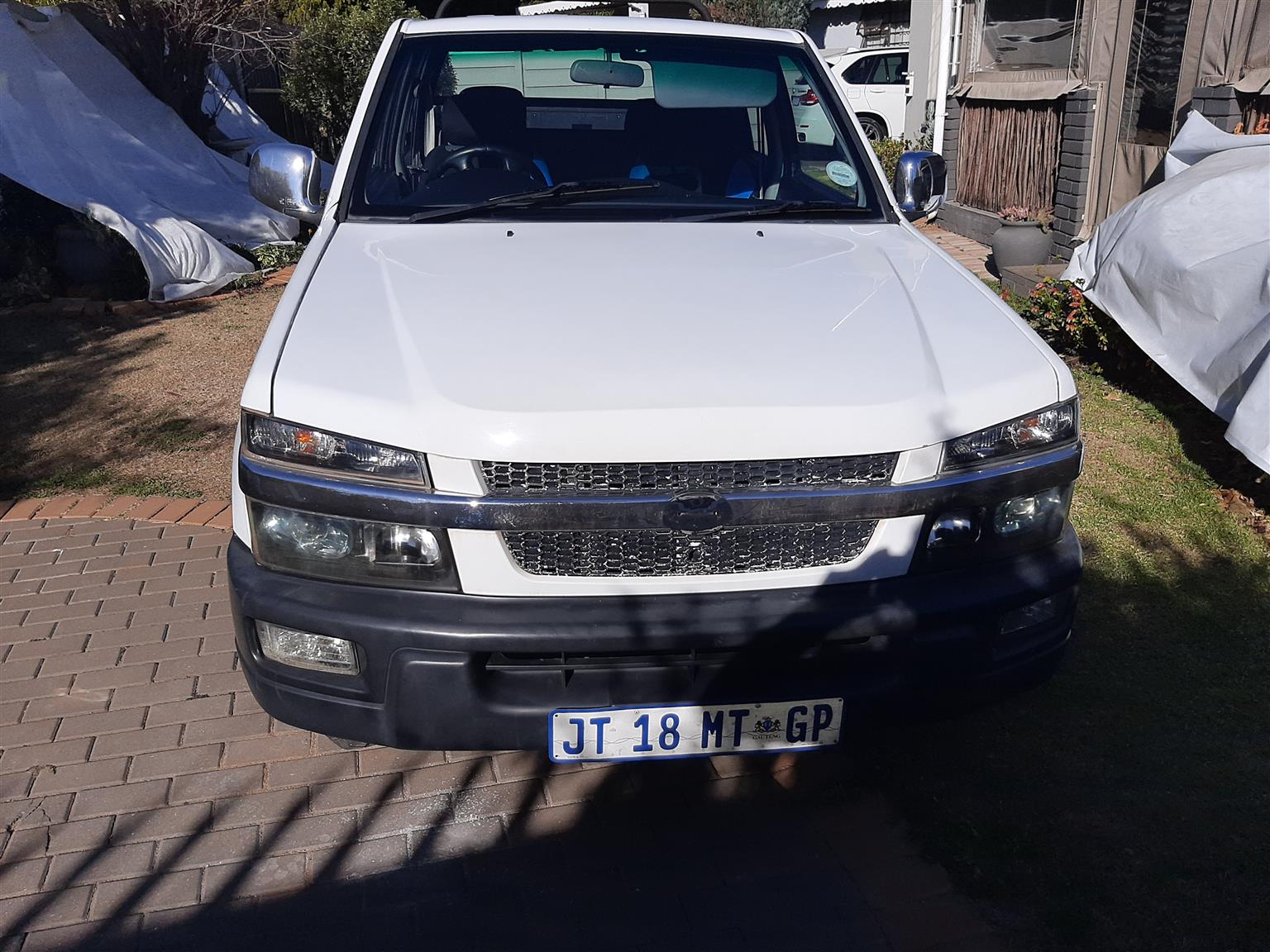 2020 reg.CMC dbl cab bakkie 2.4 petrol  in daily use, full hse