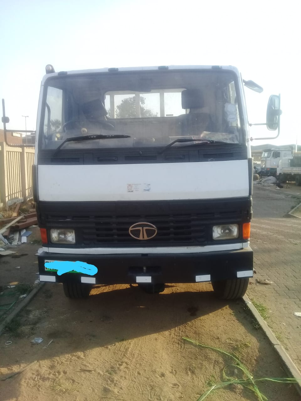 TATA 1518 , 8T TRUCK FOR SALE