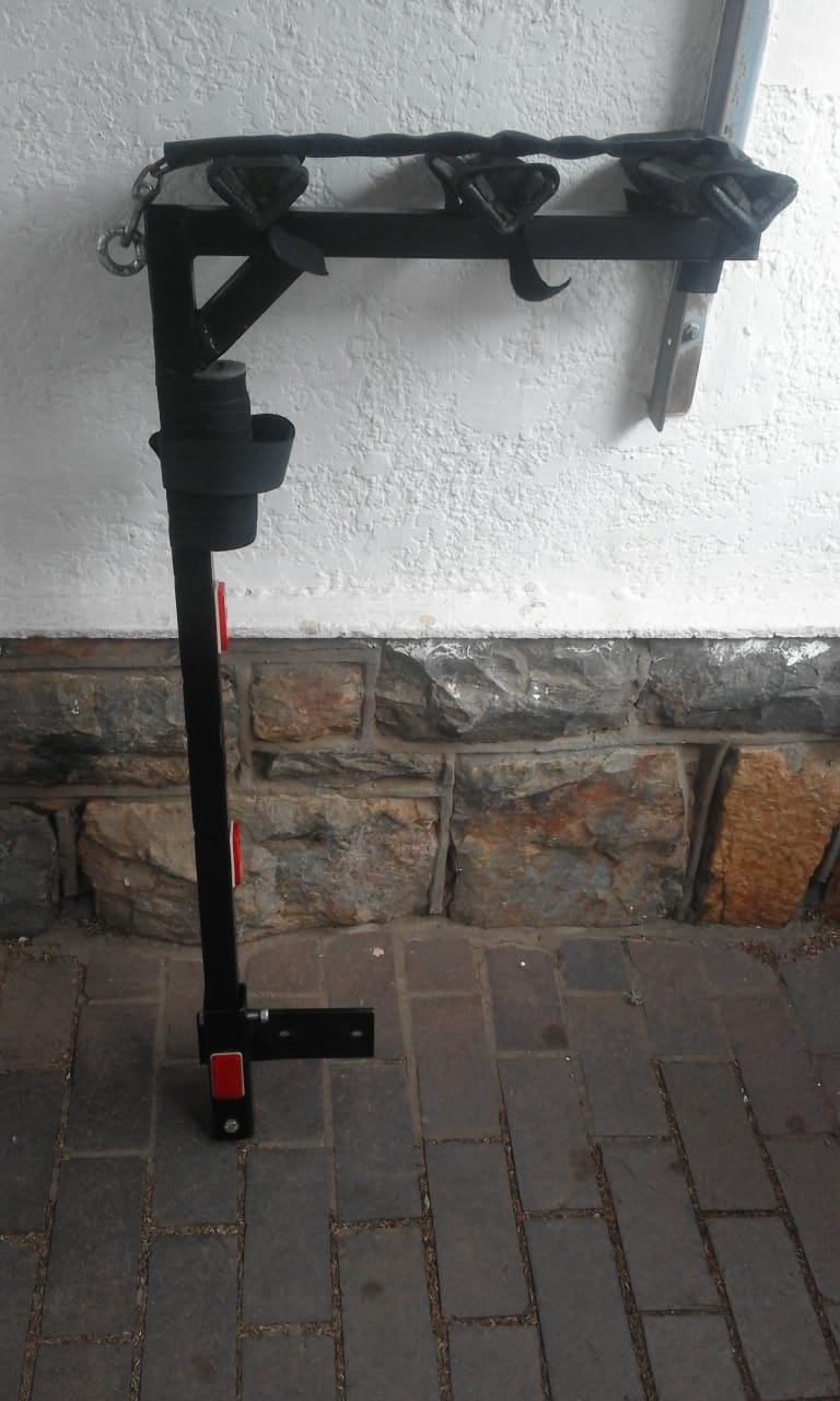 Bicycle Carrier for 3 Bikes Massive .Lockable. With plate for the Towbar