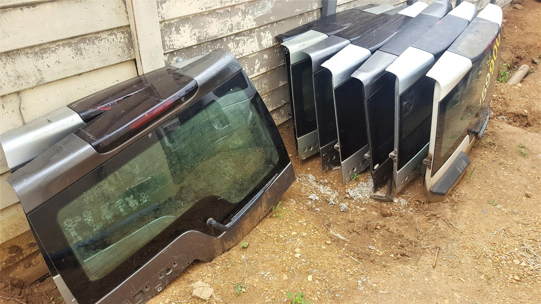 Upper Tail Doors for Discovery 3/4 | FOR SALE