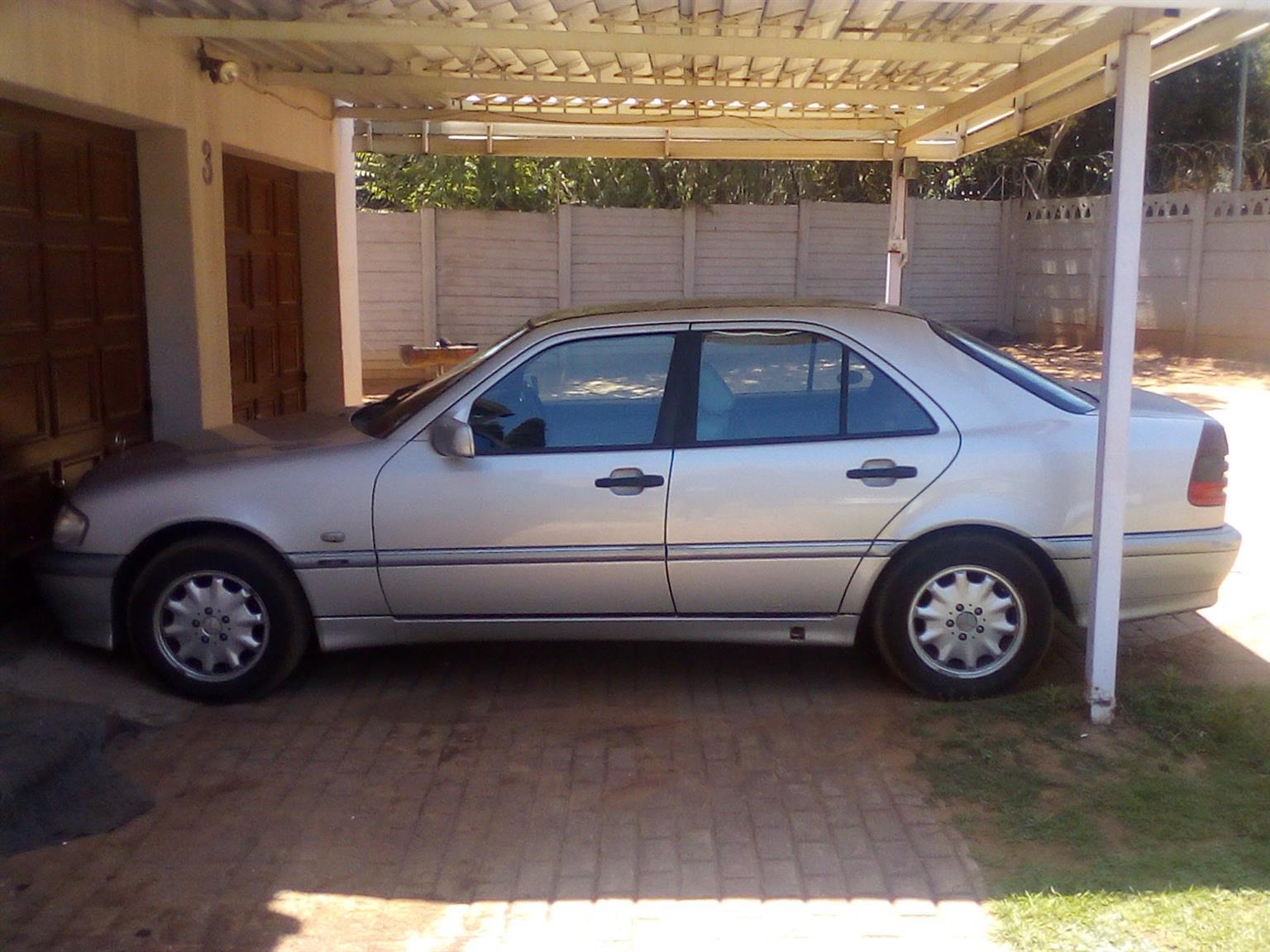 1998 Mercedes Benz 250TD