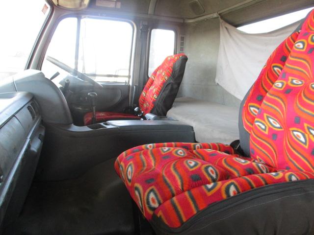 2007 NISSAN DIESEL UD 440  6X4 TRUCK TRACTOR