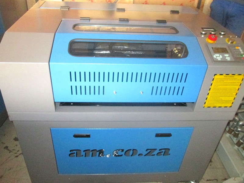 LC2-1610/D90 TruCUT Performance Range 1600x1000mm Cabinet, Conveyor Table, Double Laser