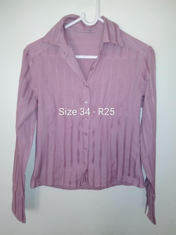 Size 34 lilac long sleeve blouse