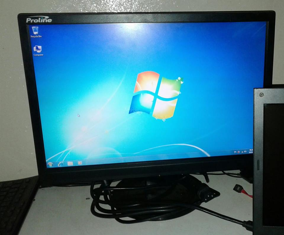 Proline pc monitor in good working condition