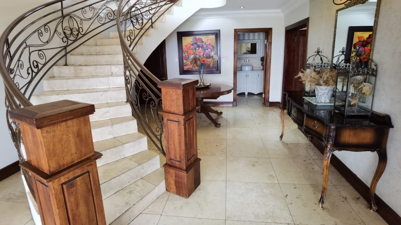 House For Sale in Bankenveld