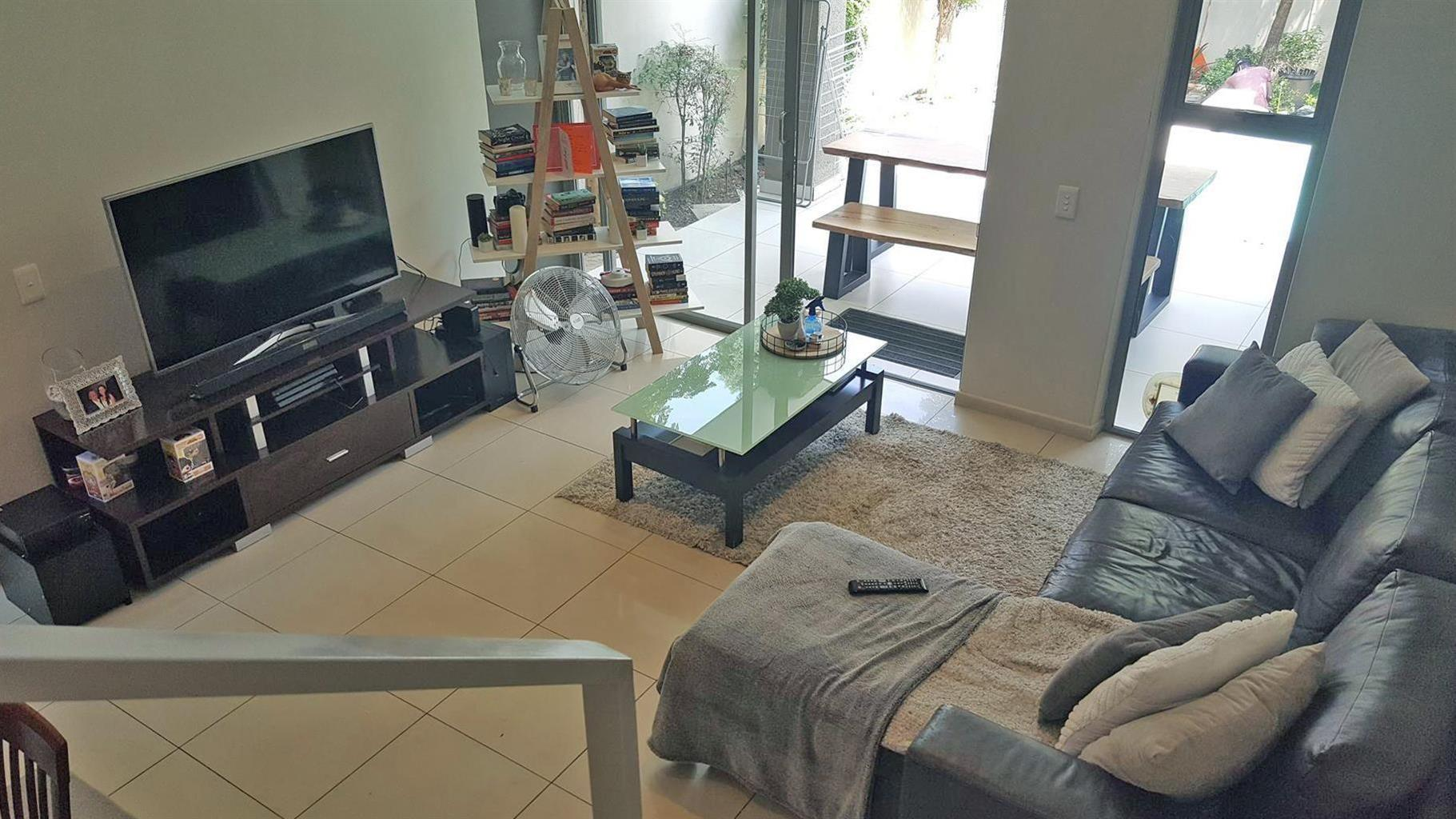 Townhouse For Sale in Parkmore