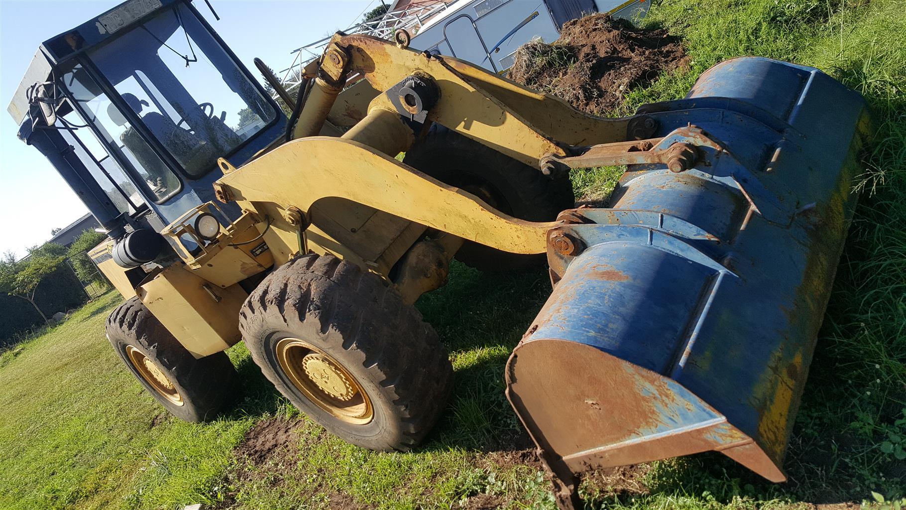 1.8 cubic / meter Front end loader