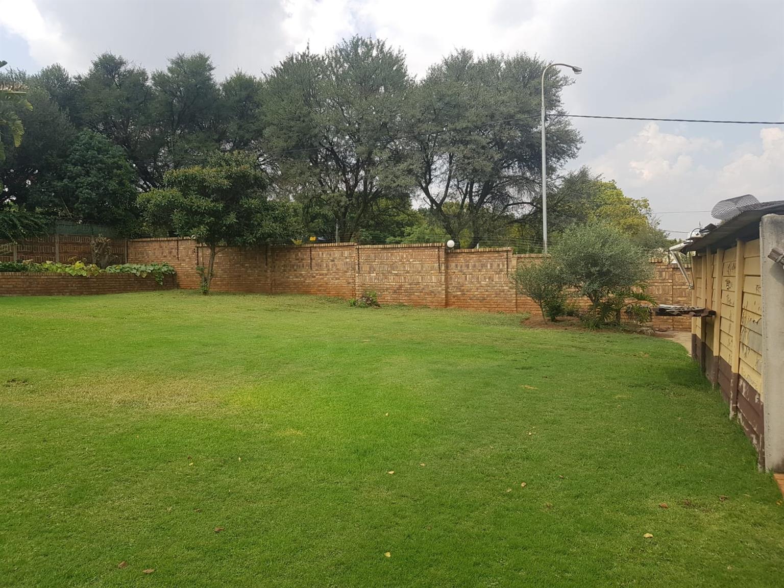 House For Sale in Lyttelton Manor