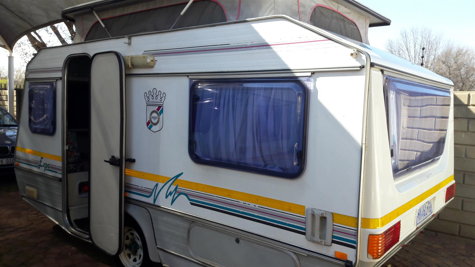 jurgens expo with full tent and aircon in excellent condition must be seen