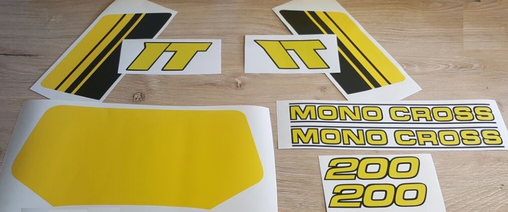 Yamaha IT 200 decals stickers graphics kits - 1985 model.