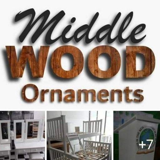 middle wood Ornaments