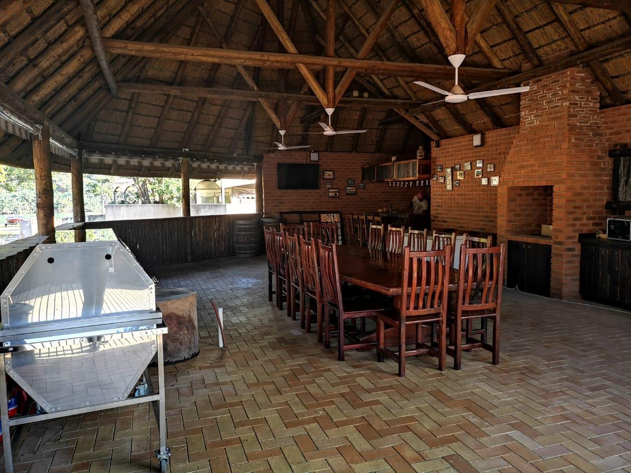 Spectacular, spacious house on the Umtamvuna River