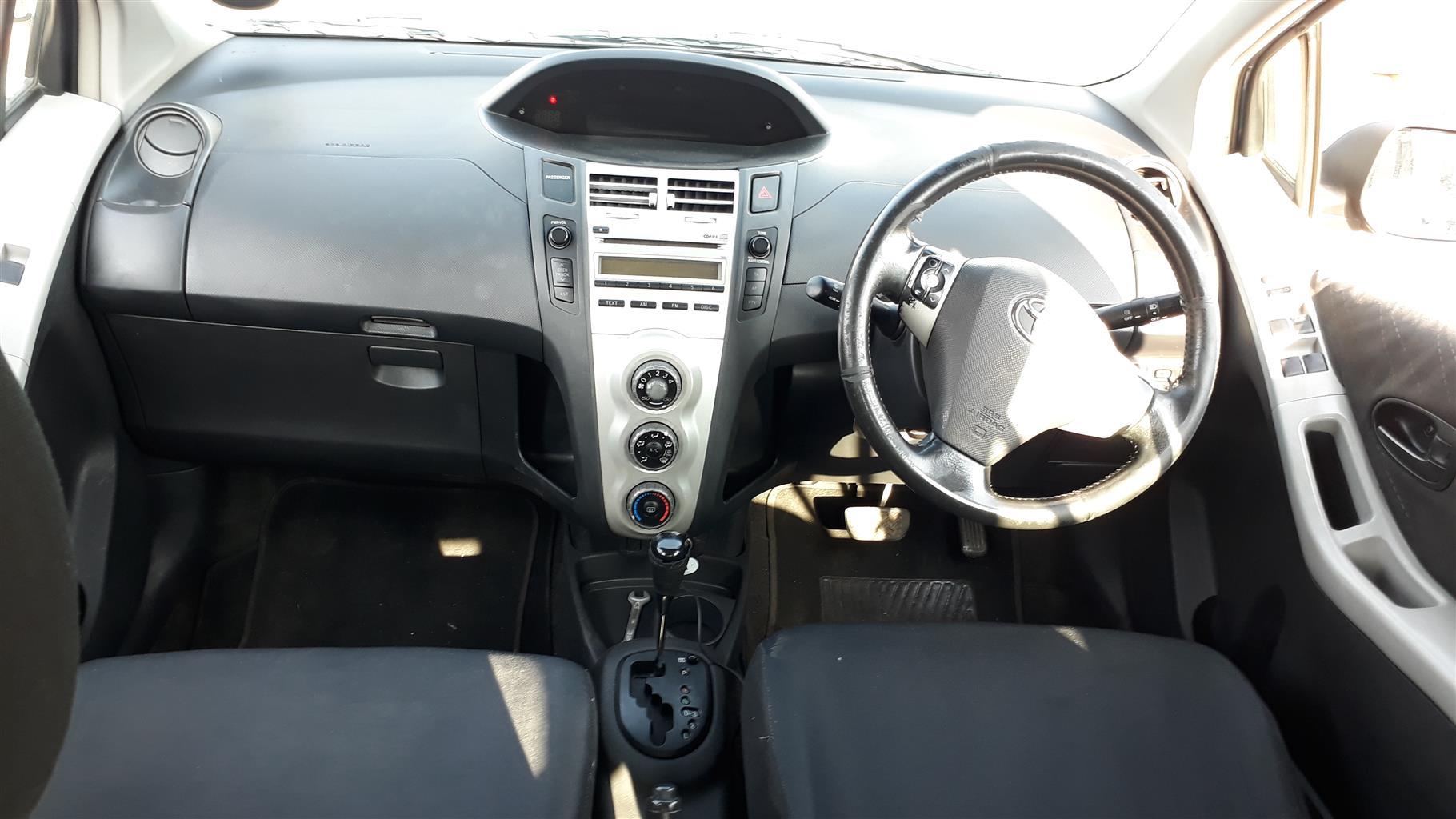 2006 Toyota Yaris 1.3 5 door T3+ automatic
