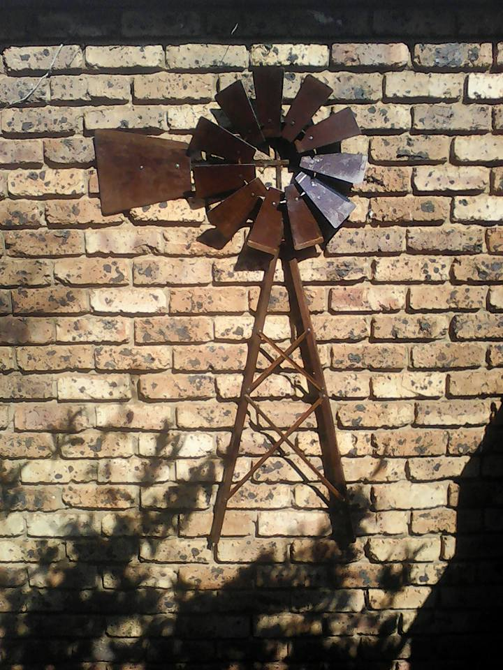 Windmill Wheel for decortion - Wall Mounted