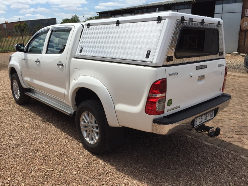 Brand new aluminium canopy for a 2005- 2015 Toyota Hilux D/Cab & Brand new aluminium canopy for a 2005- 2015 Toyota Hilux D/Cab ...