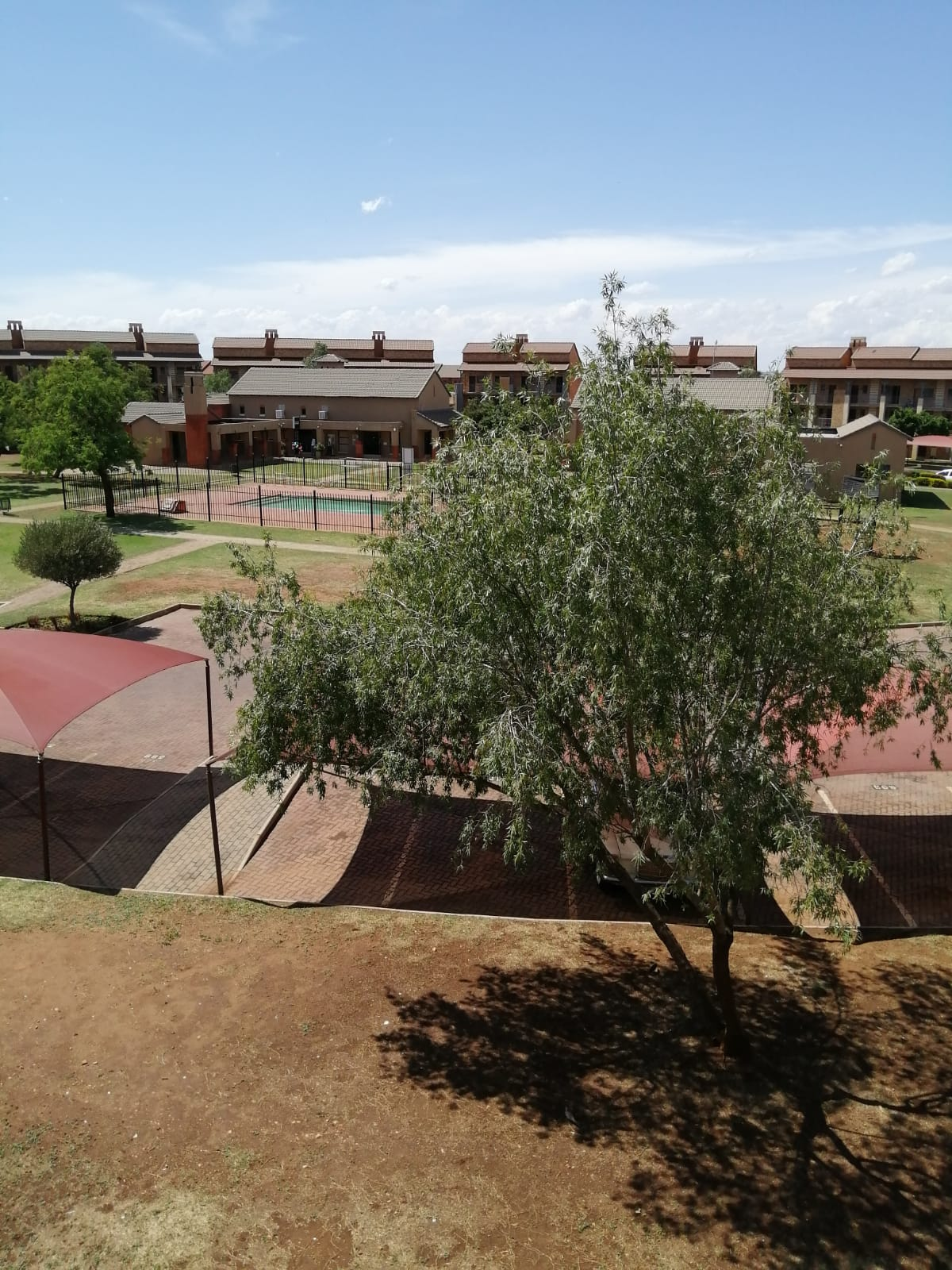 Bachelor Flat for Sale-Pretoria North-Wonderpark Estates