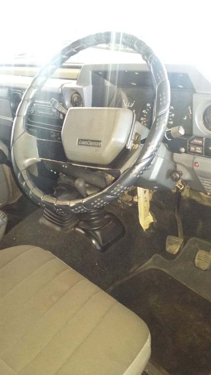 1995 Toyota Land Cruiser 79 single cab