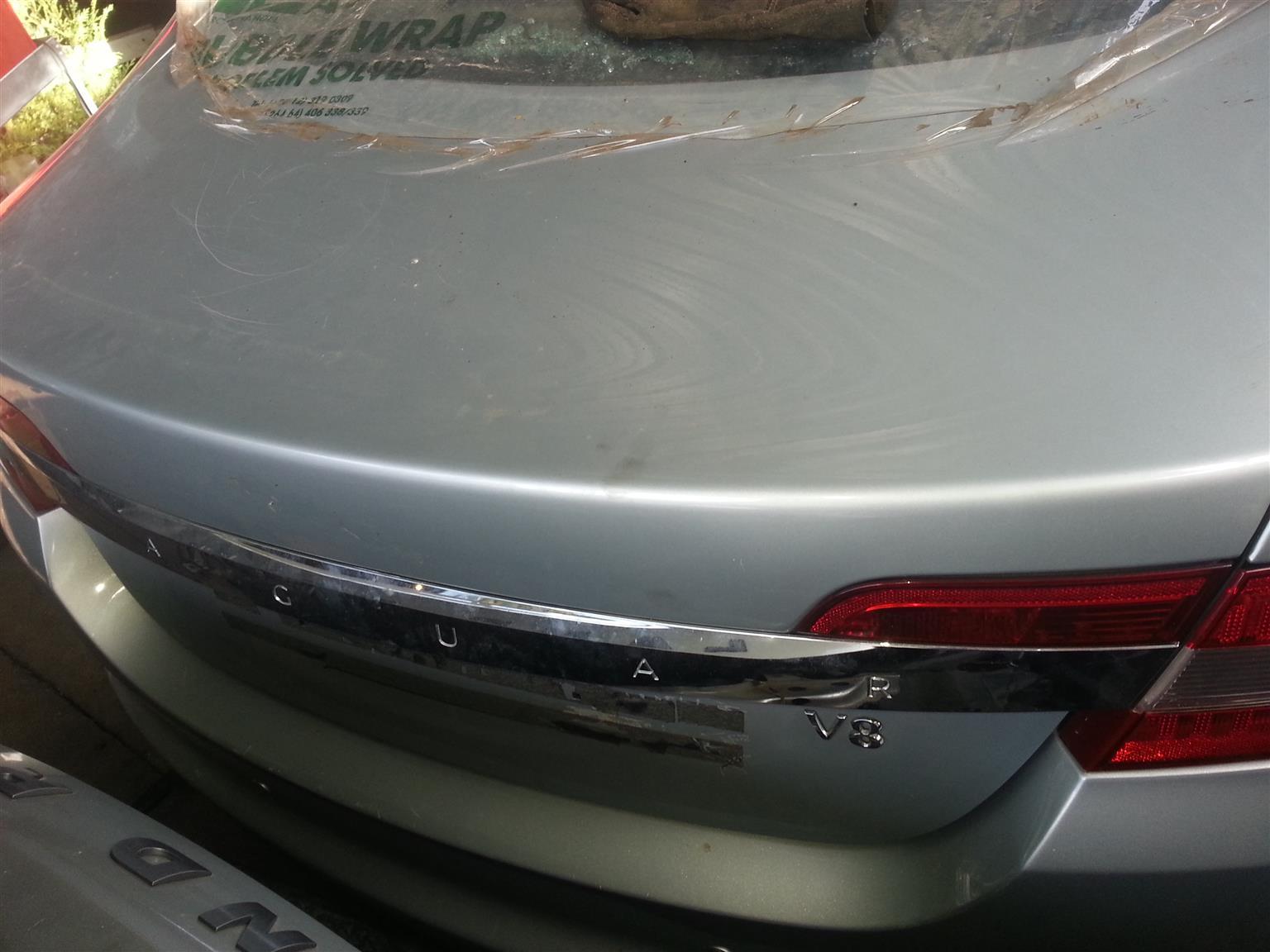 Jaguar XF Bootlid