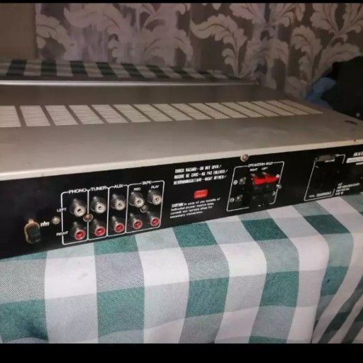 akai Amp for sale