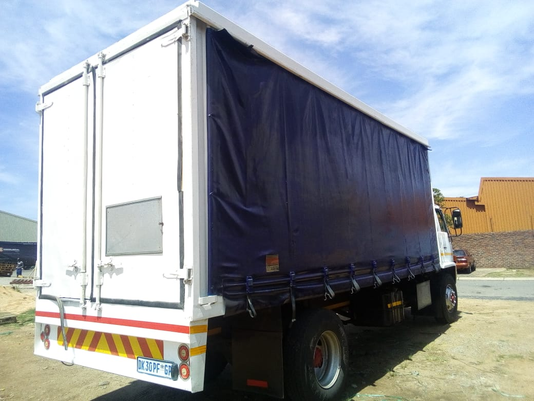 Isuzu 8 Tonne Curtain side with Ade 366 Turbo Engine and 6 speed Gearbox For Sale