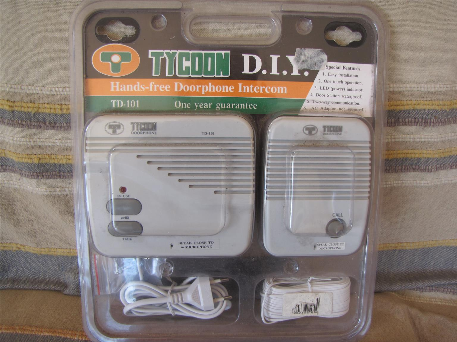 Intercom/Doorphone. Brand new, unopened. See photos. R250. ph 0834153008