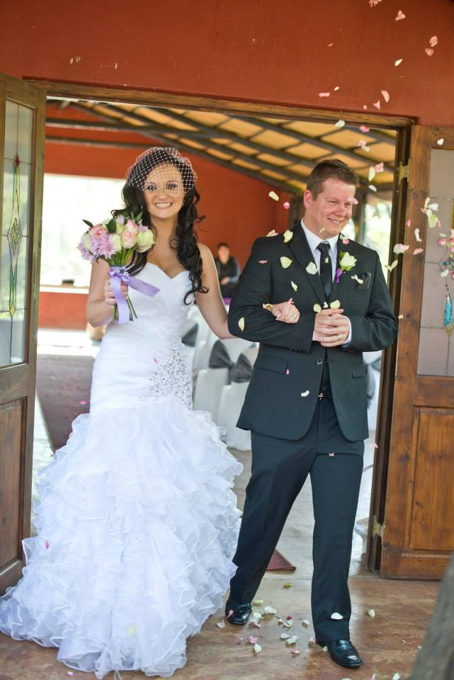 Second Hand Wedding Dress For Sale