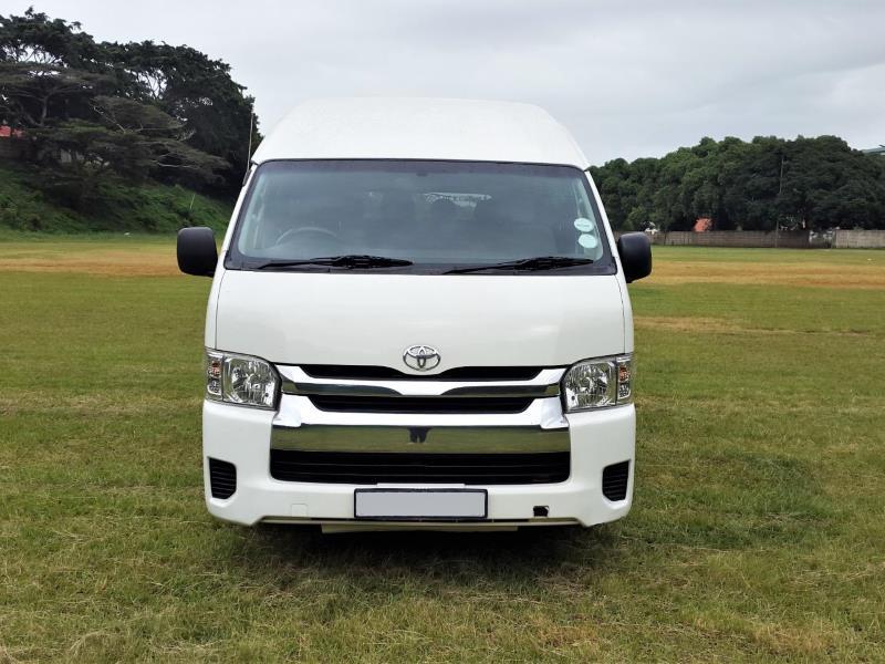 2016 model Toyota Quantum 2.5