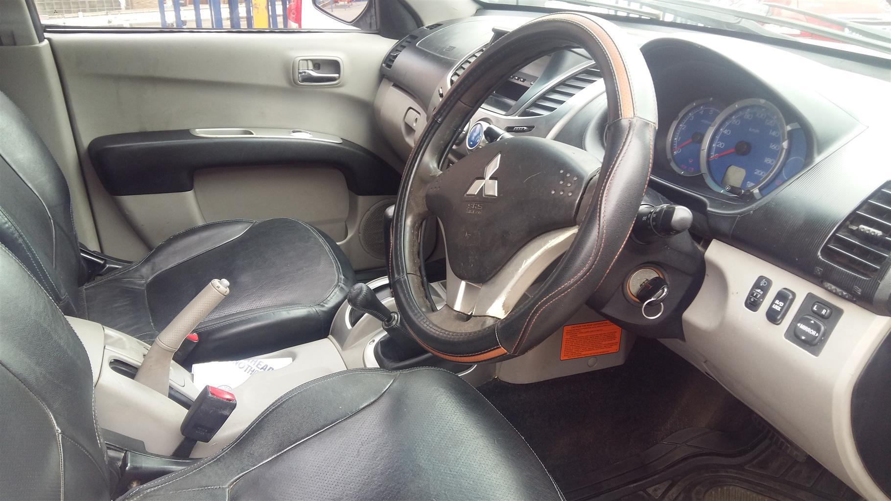 2009 Mitsubishi Triton 3.2DI D  4x4 double cab automatic
