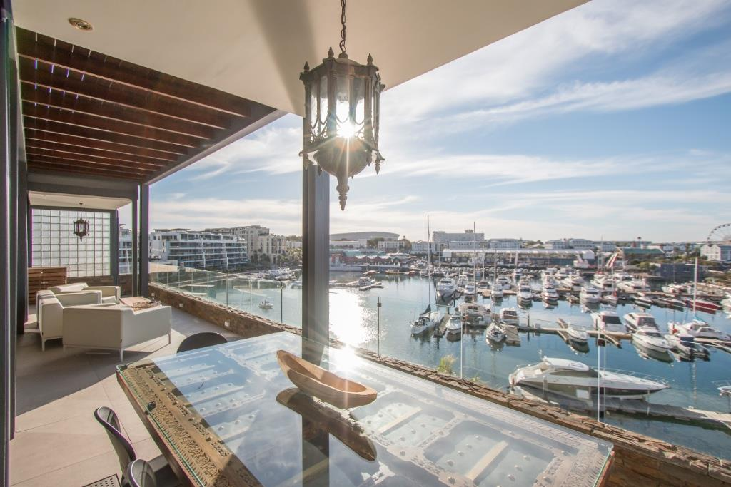 Penthouse Rental Monthly in WATERFRONT