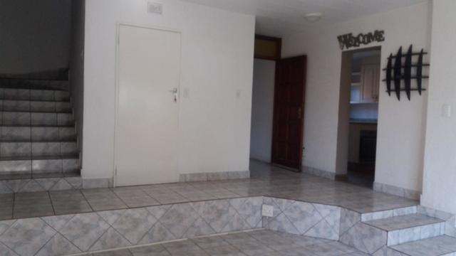 Townhouse For Sale in ISANDOVALE