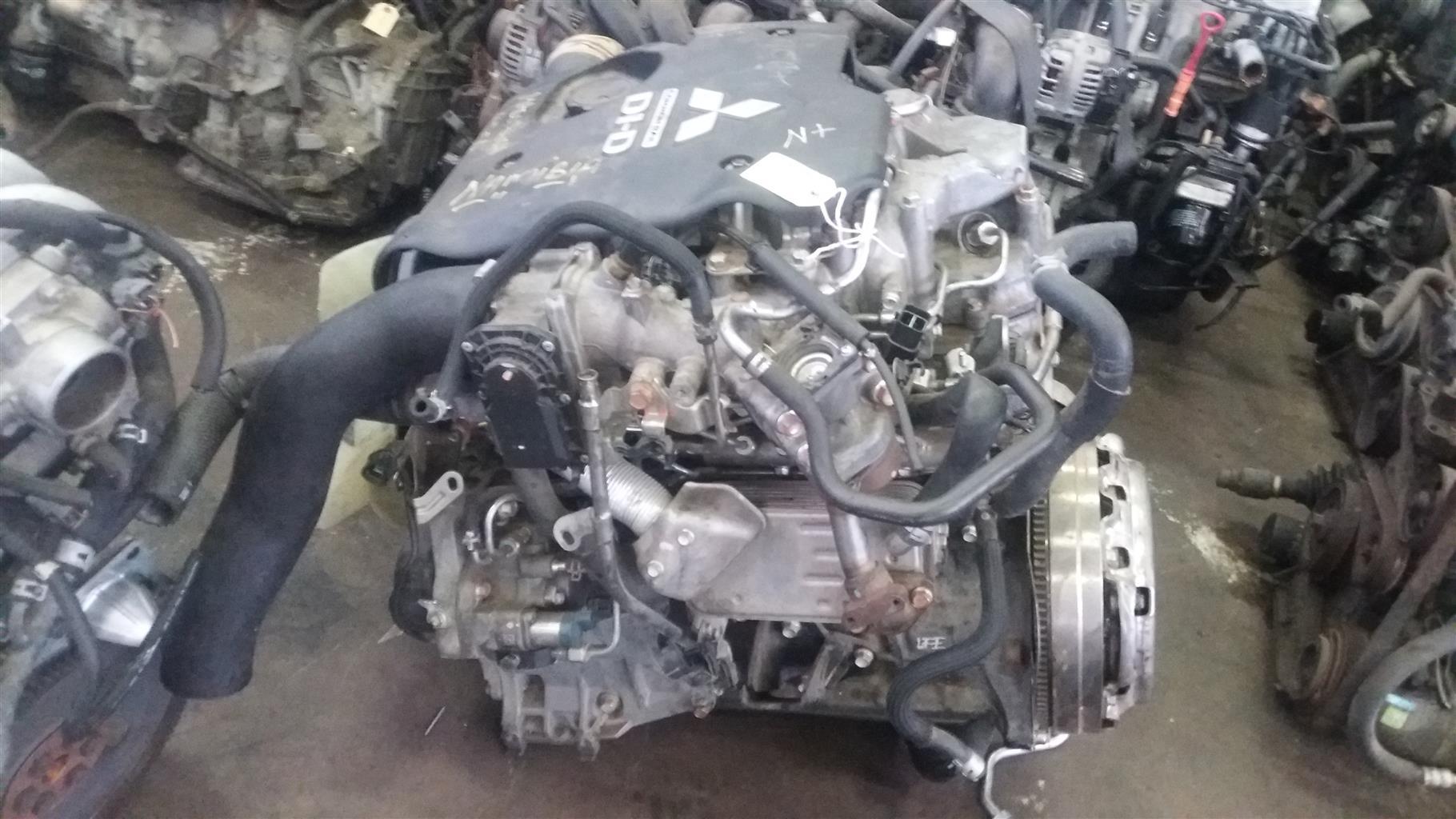 Mitsubishi Triton 2.5 TDi Engine # 4D56U