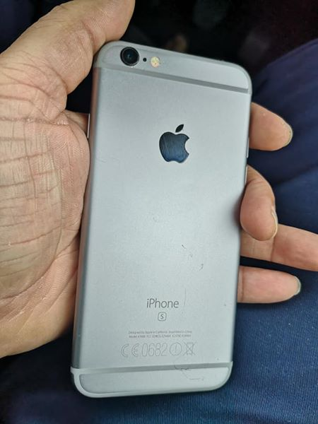 128GB iPhone 6s for sale original all network