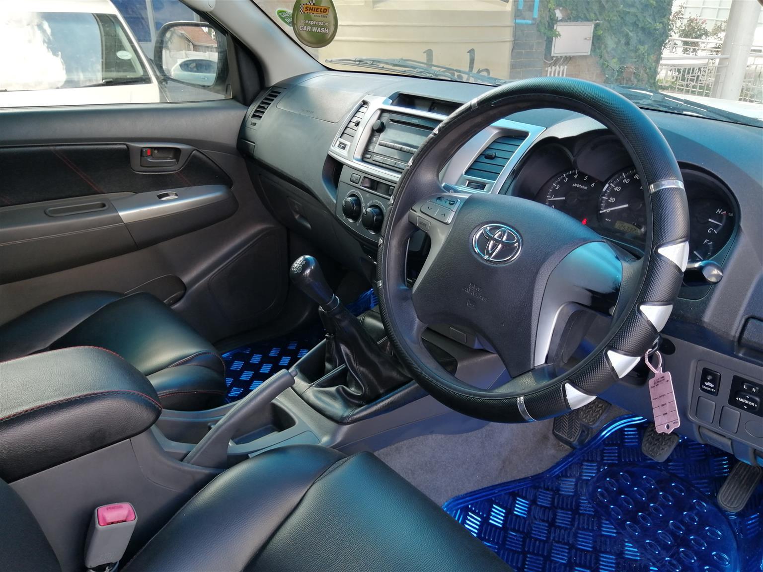 2012 Toyota Hilux 2.5D 4D double cab 4x4 SRX