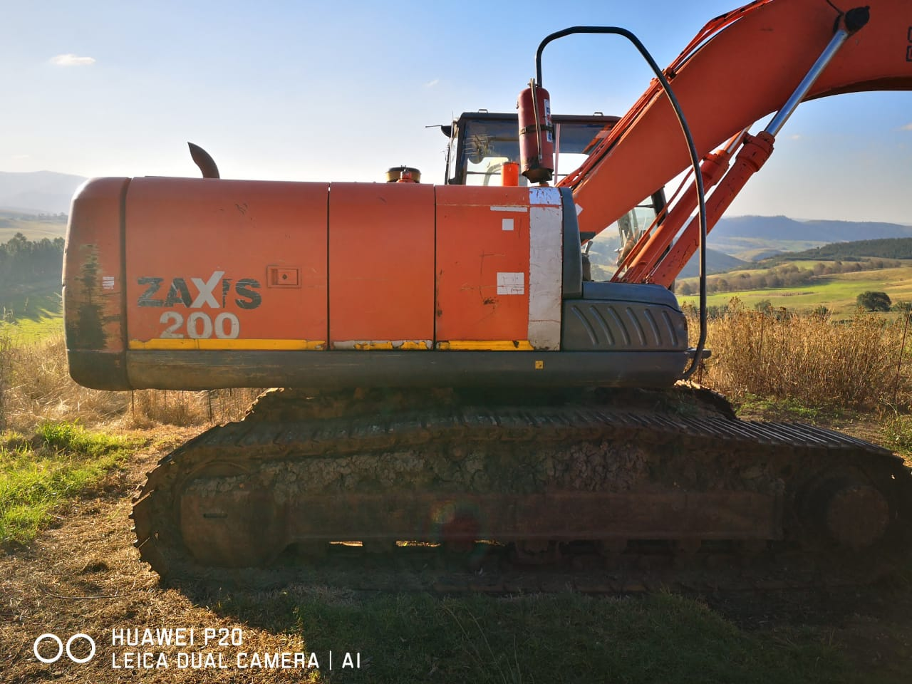 Stripping a Hitachi ZX200 for spares