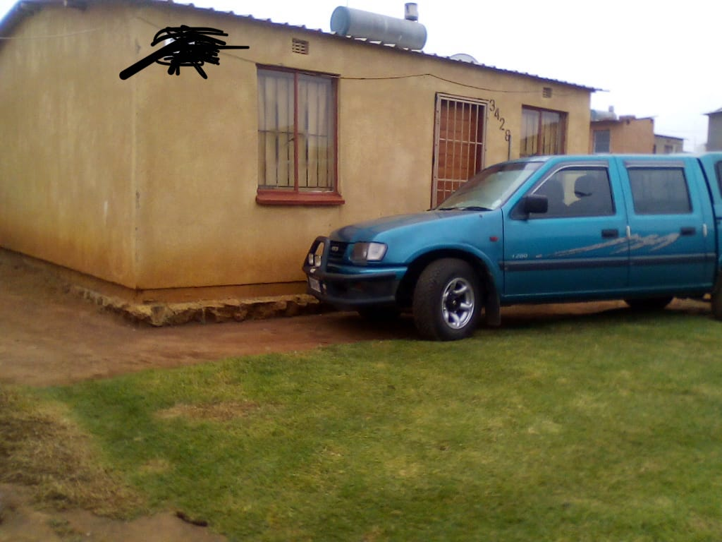 AN EDEN PARK 2 BEDROOMS HOUSE IN THE EAST RAND FOR SALE